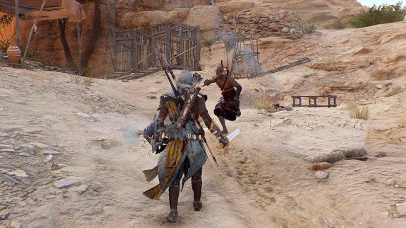 Bayek a punto de enfrentarse a un enemigo.